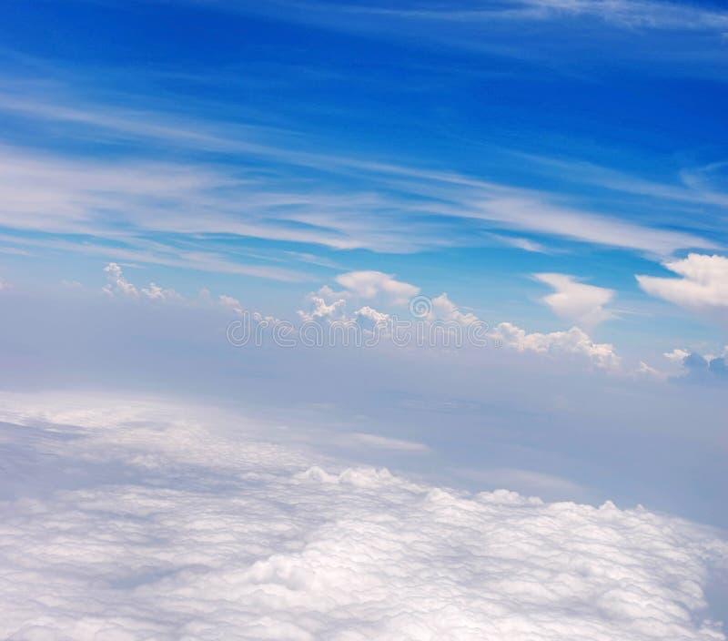cielo azul del fondo abstracto con la nube fotografía de archivo libre de regalías