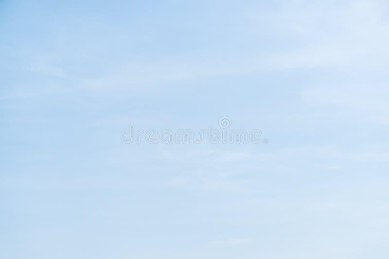 Cielo azul y nube suaves foto de archivo libre de regalías