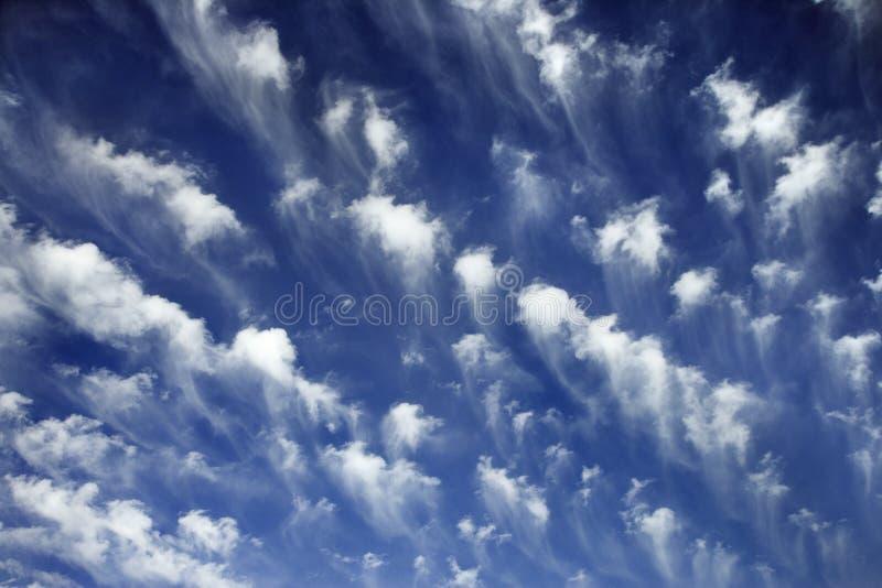 Cielo blu e nubi. fotografia stock libera da diritti