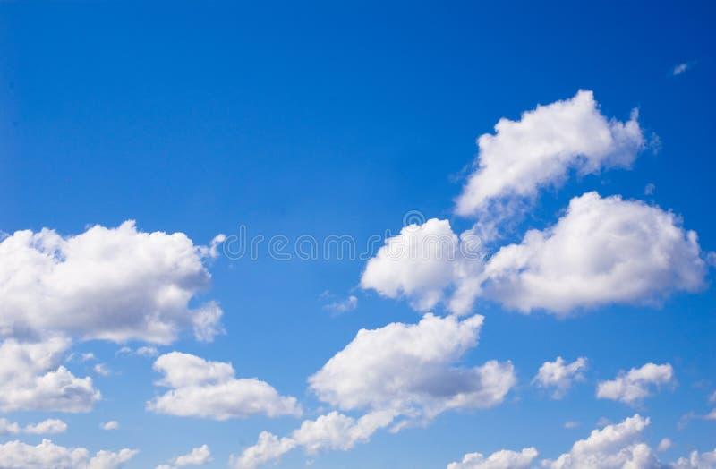 Cielo blu e nubi fotografia stock libera da diritti