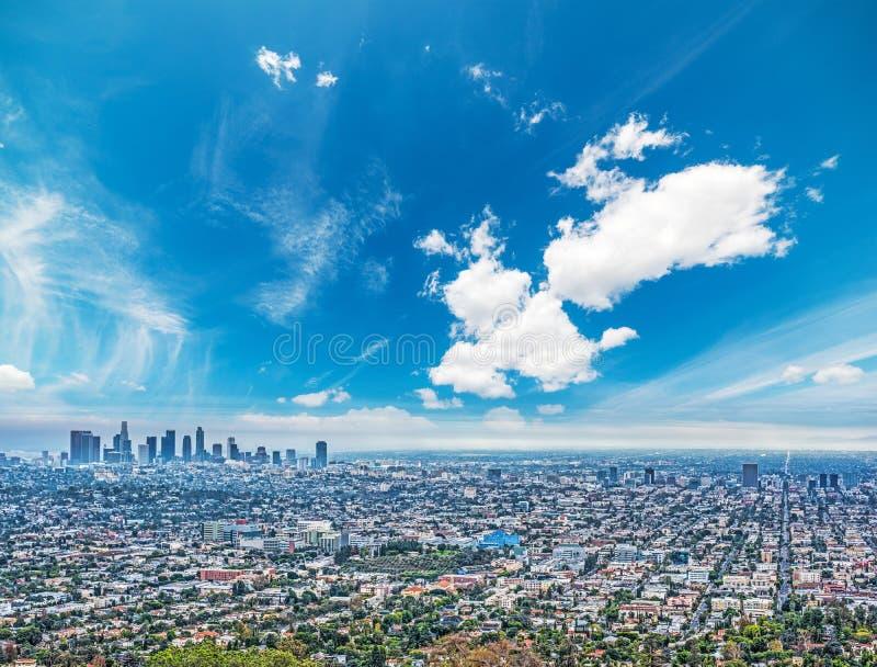 Cielo blu sopra Los Angeles fotografia stock libera da diritti