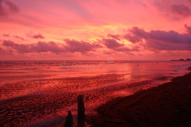 Download Cielo chiaro immagine stock. Immagine di oceano, tramonto - 125399