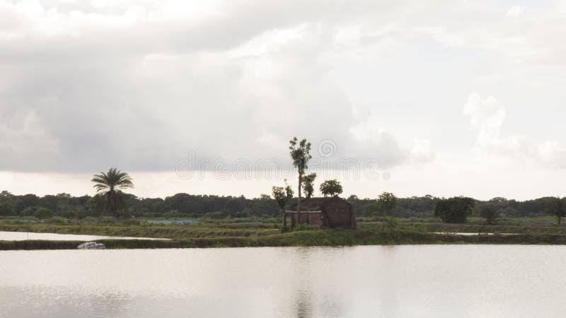 Cielo de las nubes y scenary hermoso imagen de archivo libre de regalías