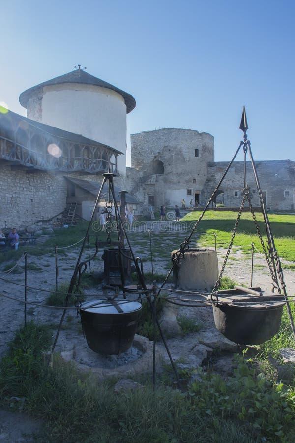 Cielo de los landscae del castele de Kamianets-Podilskyi imágenes de archivo libres de regalías