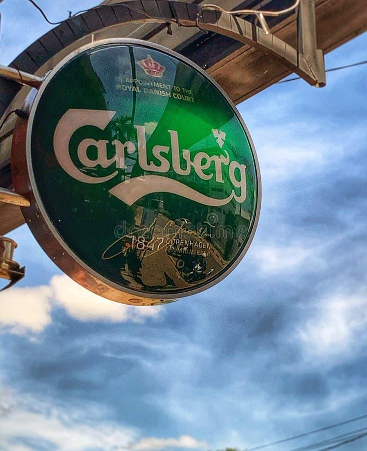 Cielo de señas de Carlsberg imagen de archivo