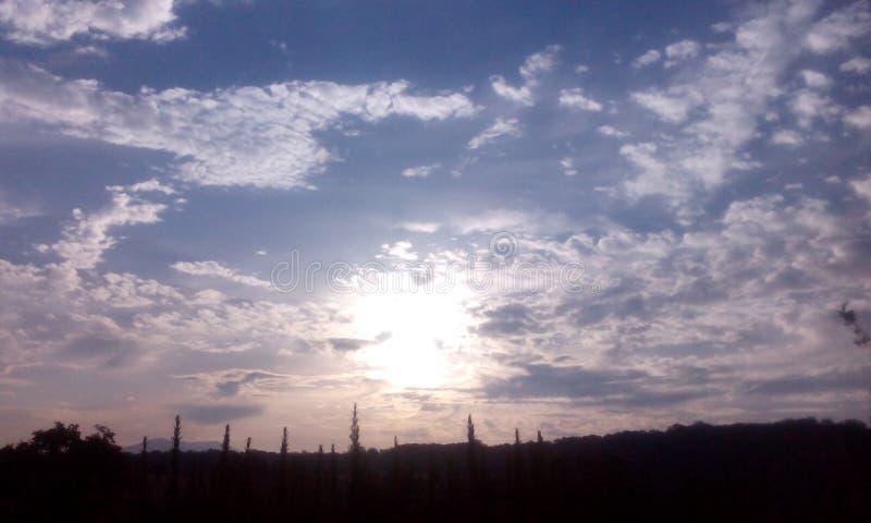 Cielo del día fotos de archivo