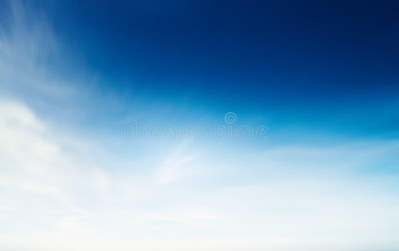 Cielo del verano y fondo natural de las nubes foto de archivo libre de regalías
