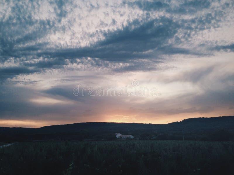 Cielo di tramonto fotografie stock libere da diritti