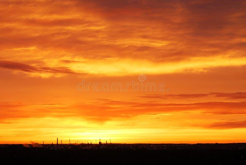 Cielo e nubi ottimistici di mattina fotografia stock