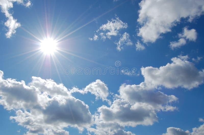 Cielo e sole fotografia stock