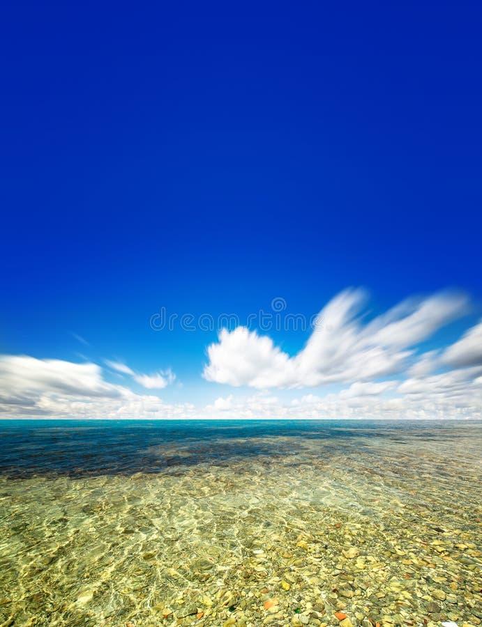 Cielo ed acqua perfetti dell'oceano fotografie stock