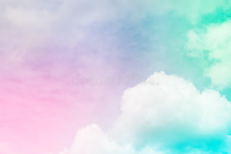 Cielo hermoso y nube blanca foto de archivo libre de regalías