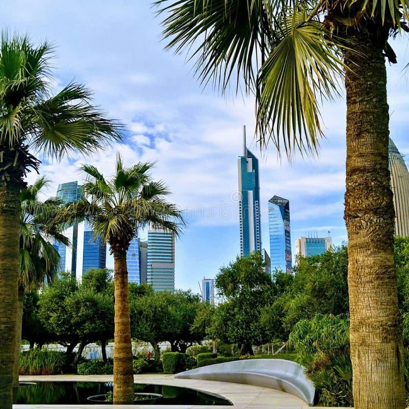 Cielo Madinat al-Kuwait del paesaggio fotografia stock libera da diritti