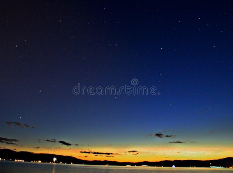 Cielo nocturno del verano fotografía de archivo libre de regalías