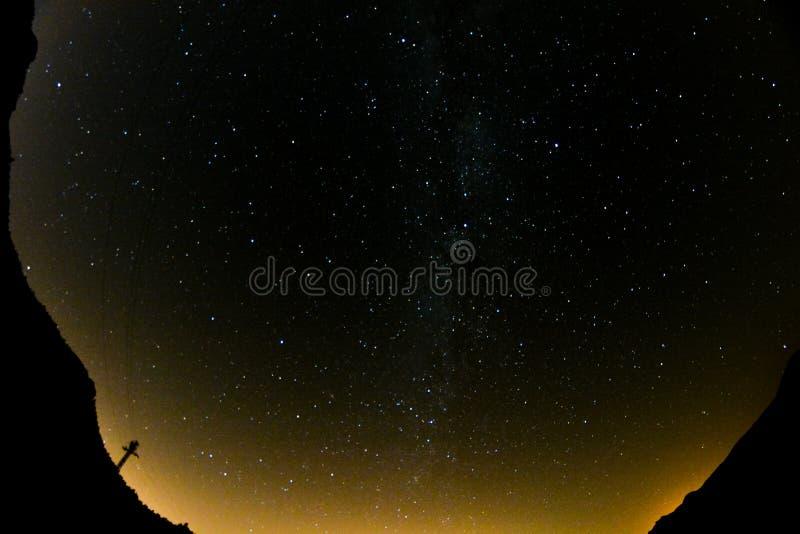 Cielo nocturno estrellado fotografía de archivo libre de regalías