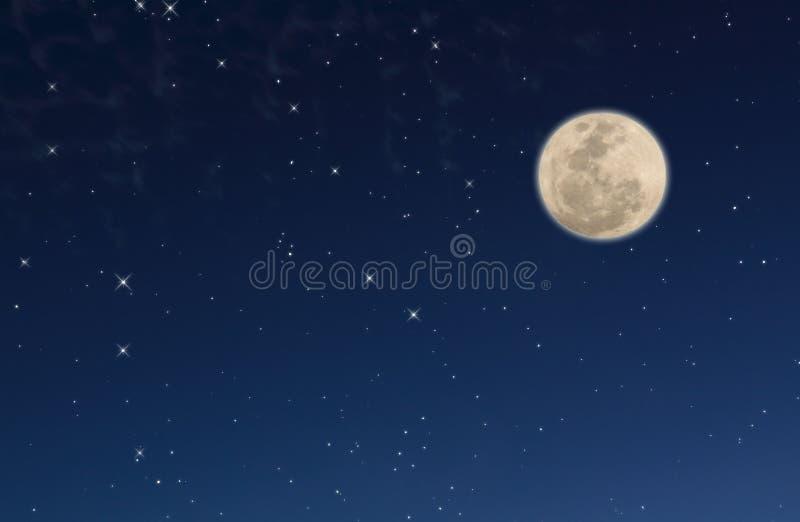 Cielo notturno con le stelle e la luna fotografia stock libera da diritti