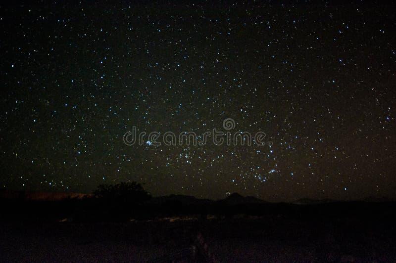 Cielo notturno sopra il deserto di Atacama immagini stock