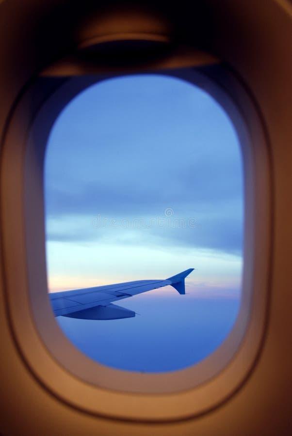Cielo nublado de la opinión del aeroplano imágenes de archivo libres de regalías