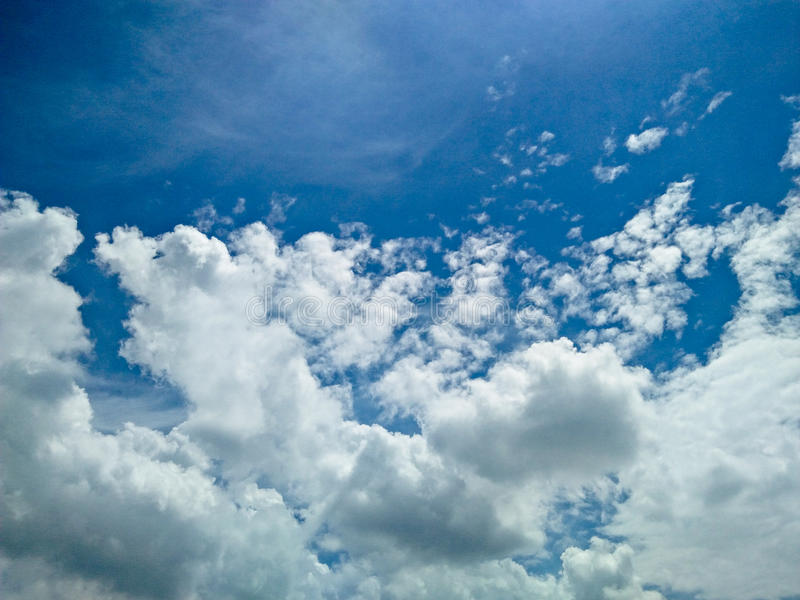 Cielo nuvoloso stupefacente fotografia stock
