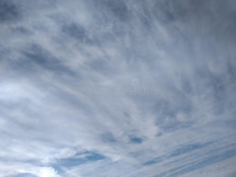 Cielo salado de la nube de la orilla de mar foto de archivo libre de regalías