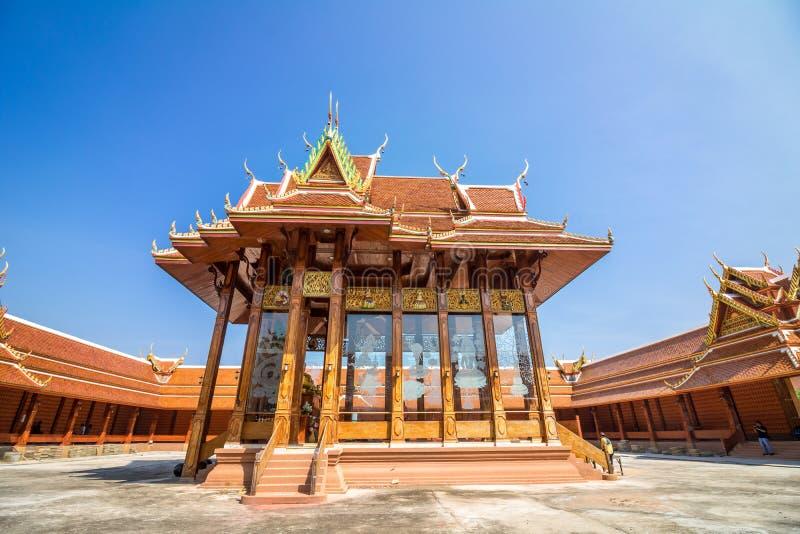 Cielo tailandés del templo imágenes de archivo libres de regalías