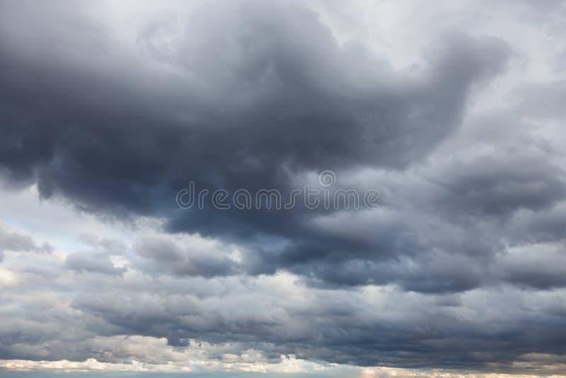 Cielo tempestoso fotografia stock libera da diritti