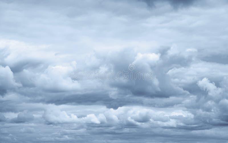 Cielo tempestuoso imágenes de archivo libres de regalías