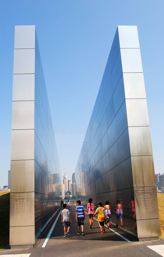 Cielo vuoto: Memoriale dell'11 settembre a Jersey City immagine stock libera da diritti