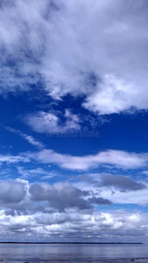 Cielo y agua foto de archivo libre de regalías