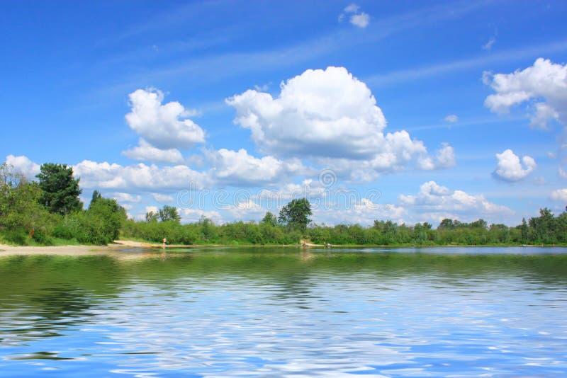 Cielo y agua del Aquamarine fotografía de archivo