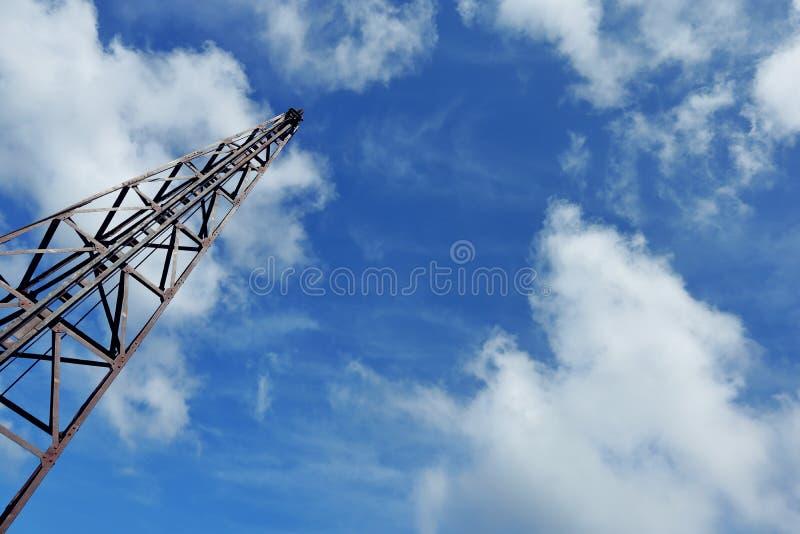 Cielo y nubes de Derrick Pile imagen de archivo