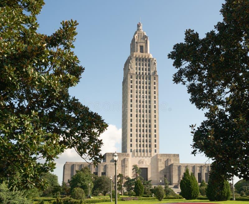 Cielos azules en la Capital del Estado que construye Baton Rouge Luisiana imágenes de archivo libres de regalías