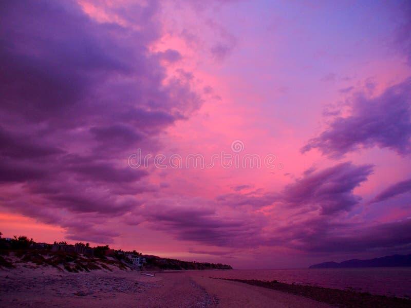 Cielos rosados foto de archivo