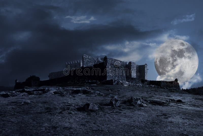 ciemna średniowieczna sceneria obrazy stock