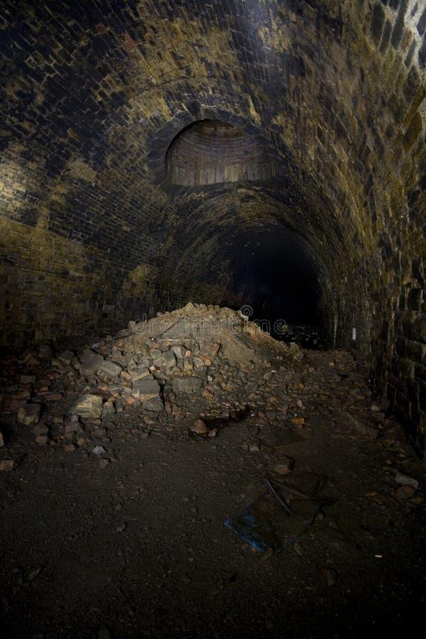 ciemna hołobelna tunelowa wentylacja obrazy royalty free