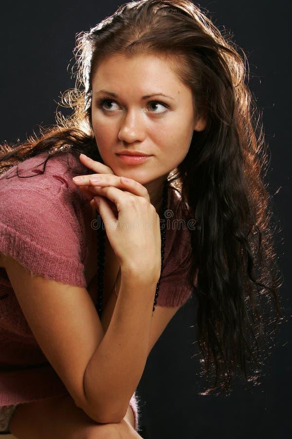 ciemnej dziewczyny z włosami portret fotografia royalty free