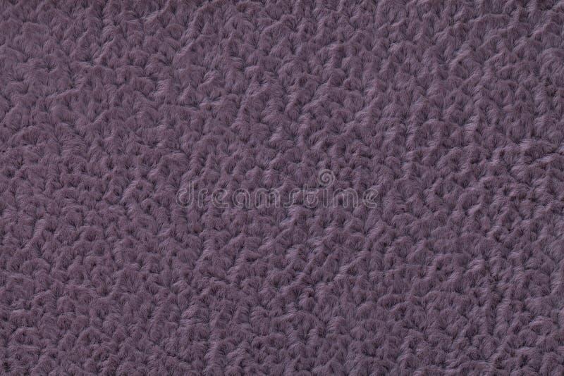 Ciemny fiołkowy puszysty tło miękka część, wełnisty płótno Tekstura tekstylny zbliżenie obrazy stock