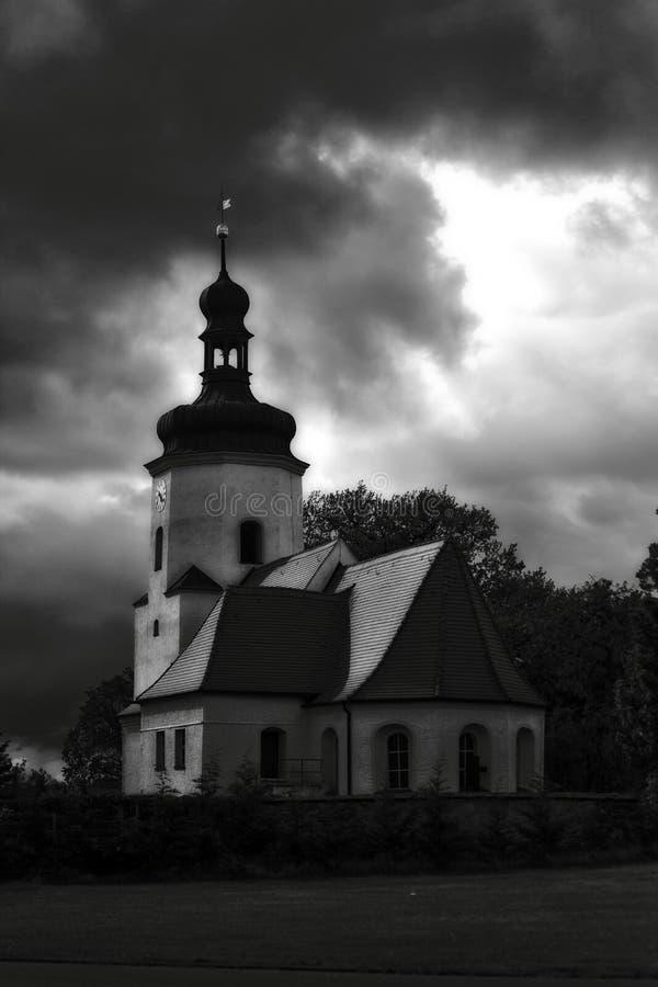 Ciemny kościół obrazy royalty free