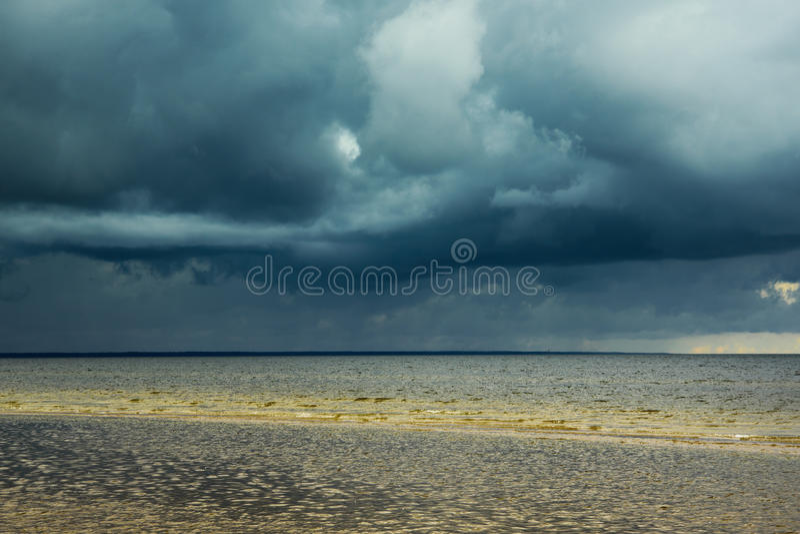 Ciemny morze bałtyckie zdjęcia stock