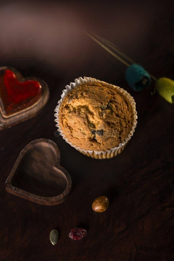 Ciemny romantyczny słodka bułeczka ustawiający zdjęcia stock