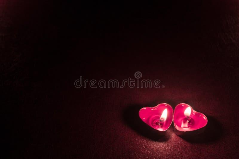 Ciemny tło z świeczek sercami zdjęcie royalty free