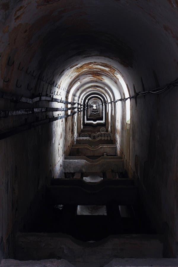ciemny tunel fotografia stock