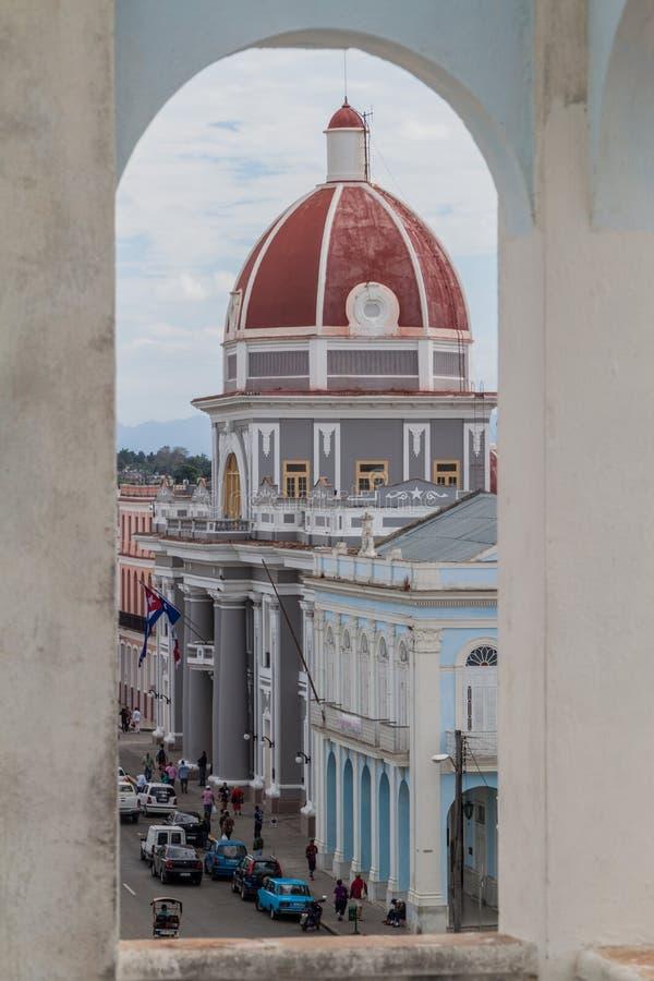 CIENFUEGOS, CUBA - 11 FEBBRAIO 2016: Palazzo di Palacio de Gobierno Government al quadrato di Parque Jose Marti in Cienfuegos fotografie stock