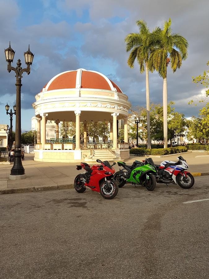 Cienfuegos moto motorbike bike three speed stock images