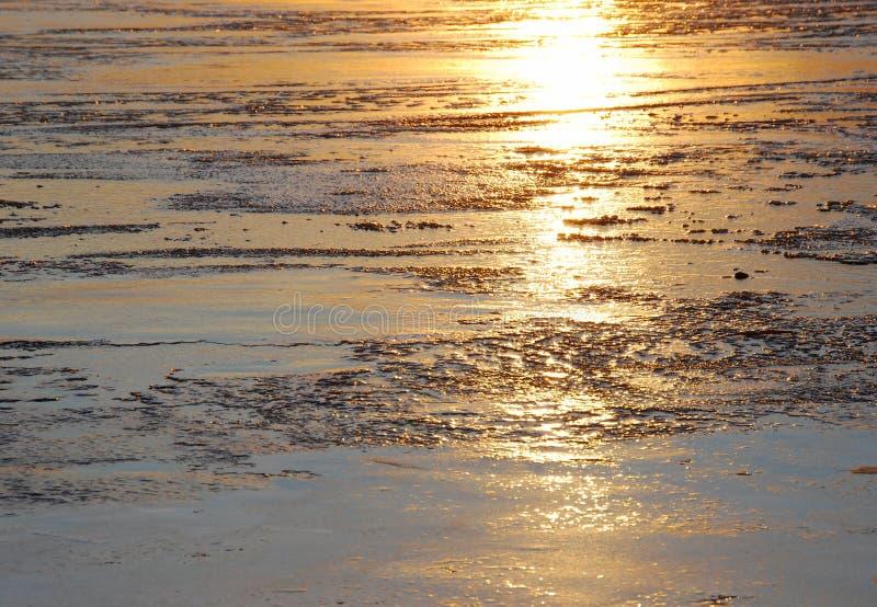 cienia lodowy jeziorny zmierzch zdjęcie stock