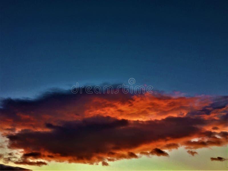 Cienie colours, chmury, natura, zmierzch, inspiracja i kształty, obrazy stock