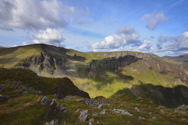Cienie na doliny głowy Crags obraz royalty free