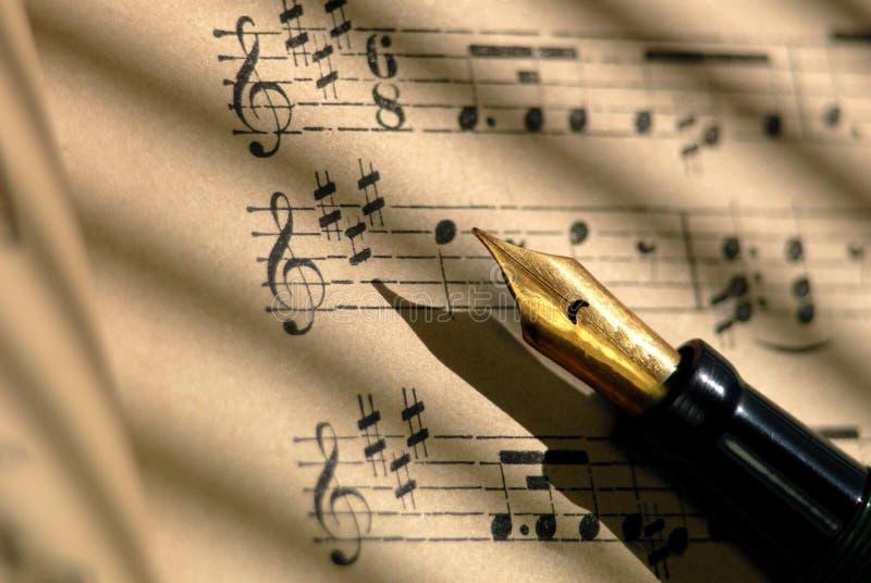 Cientos años de la música de hoja foto de archivo libre de regalías