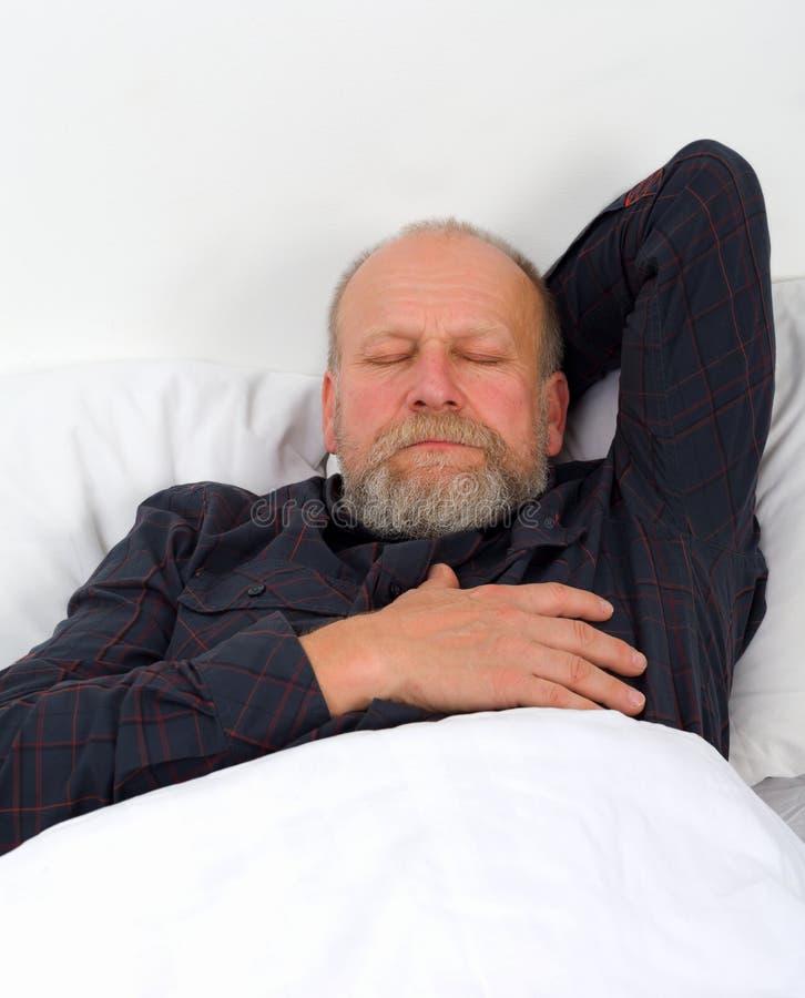 Cierpiący starsza osoba mężczyzna zdjęcie royalty free