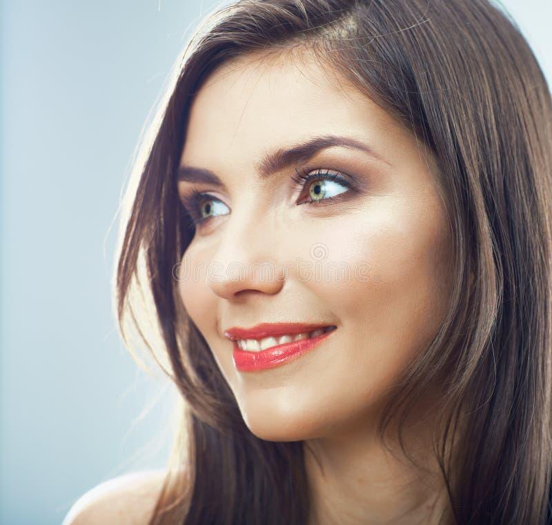 Cierre de la cara de la muchacha para arriba. Retrato de la mujer joven de la belleza. imágenes de archivo libres de regalías